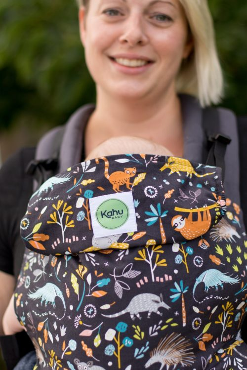 Simple togetherness and hands free babywearing with KahuBaby